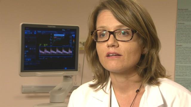 Overlege og leder av Norsk nevrologisk forening, Anne Hege Aamodt. FOTO: EIRIK PESSL-KLEIVEN / NRK