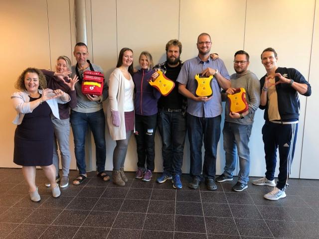 Hjertestarterkurs på Allegrot ungdomsskole i Ullensaker. FOTO: Bjørn-Tore Løvtangen
